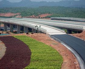 铜黄高速公路汤口至屯溪段路基工程